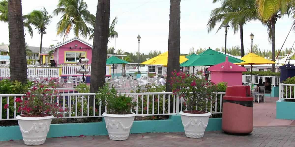 https://discoverislandcruises.com/wp-content/uploads/2015/03/Bahamas-Canon-117.jpg