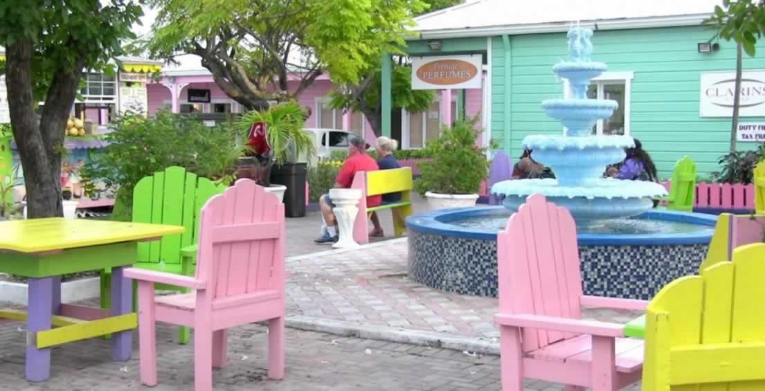 https://discoverislandcruises.com/wp-content/uploads/2015/03/discovery-bahamas-cruise-port-lucaya-market-place-1105x565.jpg